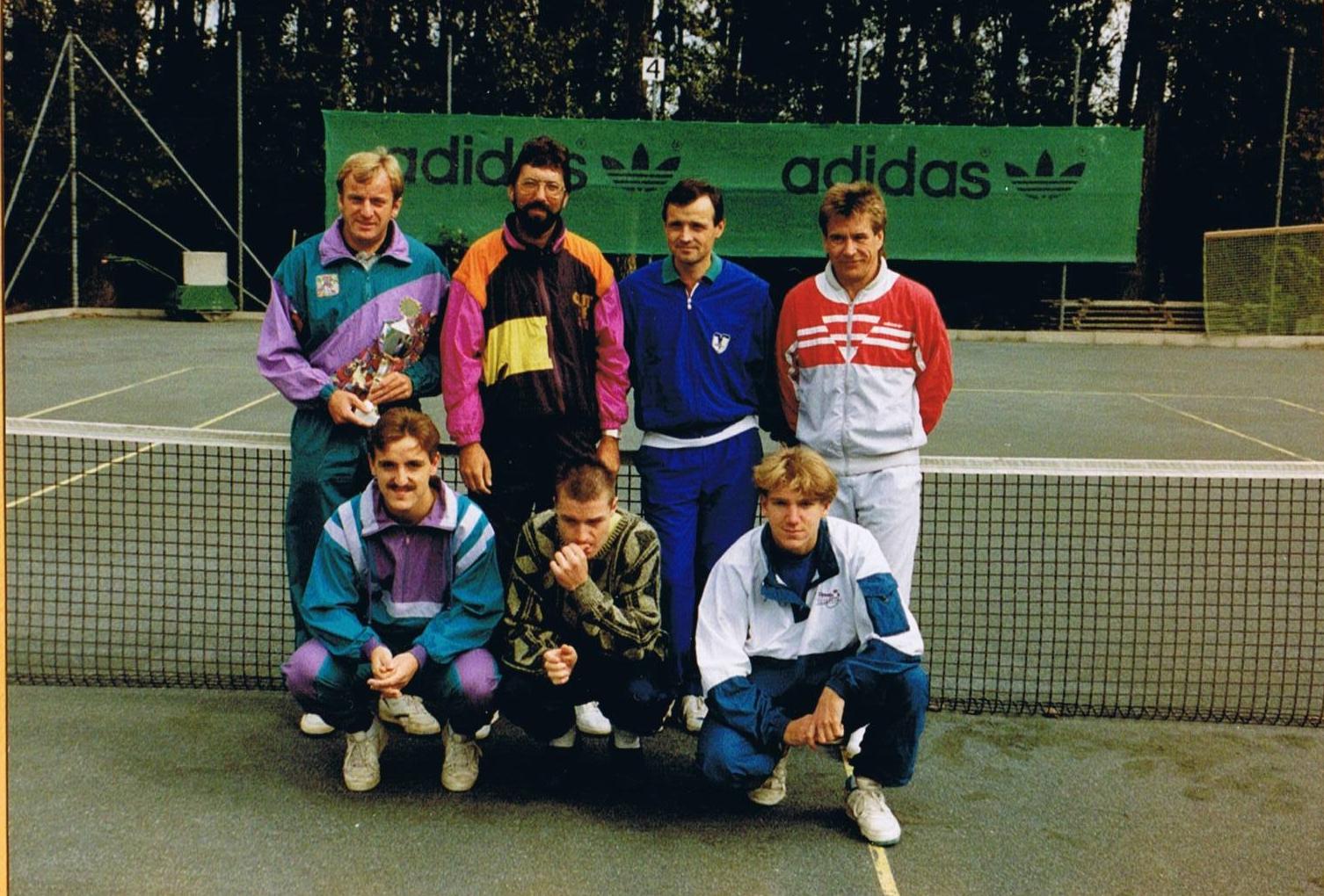 Herrenum1990